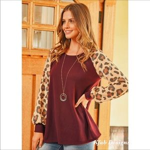 NWOT Puff Sleeve Leopard Brushed Fabric Top Size M